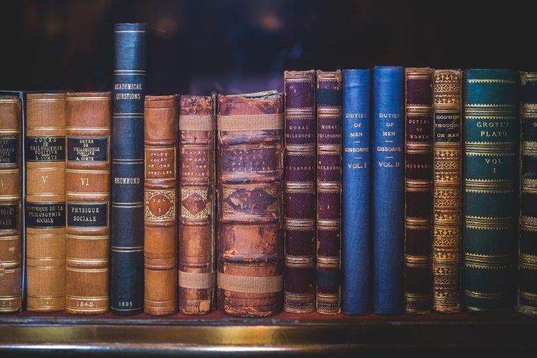 altes-buch-bibliothek-bucher-34592