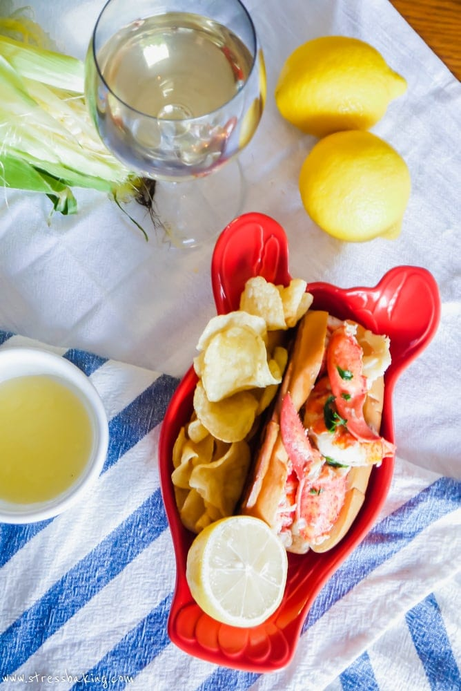"""Easy """"Connecticut Style"""" Lobster Rolls 