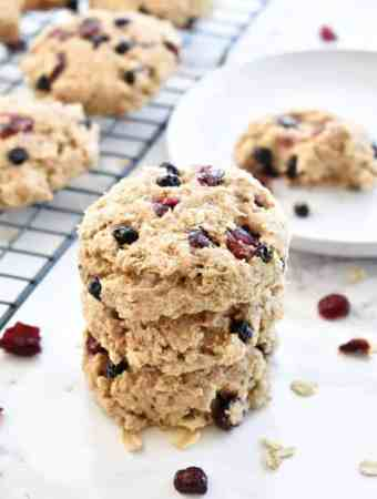 Paleo Banana Berry Breakfast Cookies