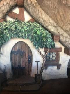 Snow White's Scary Adventure in Disneyland