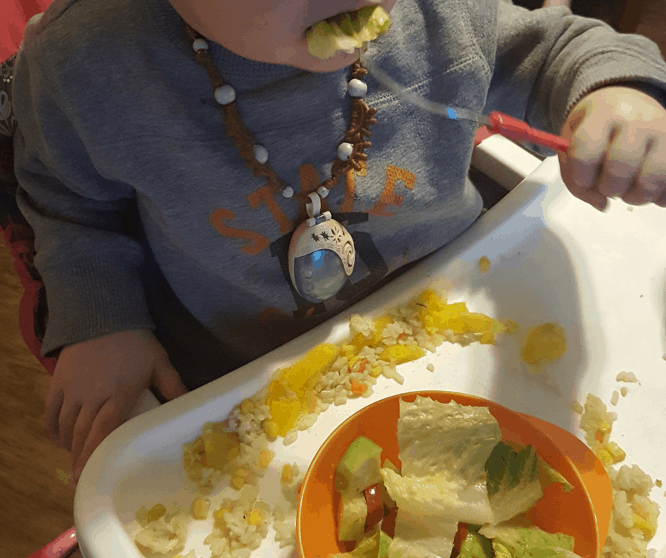 get toddlers to eat veggies