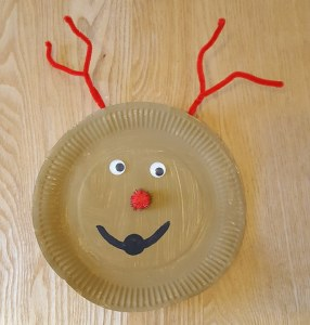 Christmas Paper Plate Crafts - Paper Plate Reindeer