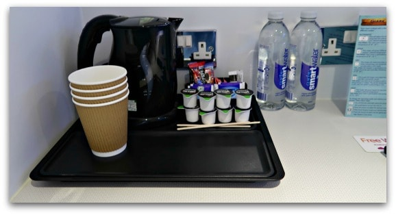 There are facilities in each room of the Shark Hotel, Thorpe Park to make tea or coffee and a bottle of water for each guest