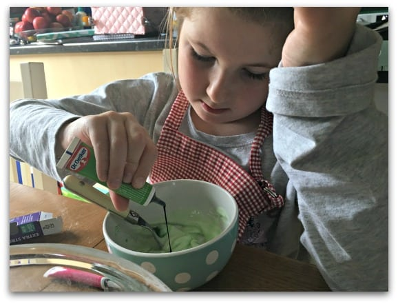 The Dr Oetker Food Colour Gels are really easy for children to use