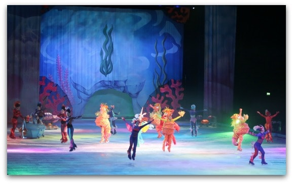Disney On Ice Worlds of Enchantment cleverly use props and costumes to really create an under the sea scene for The Little Mermaid