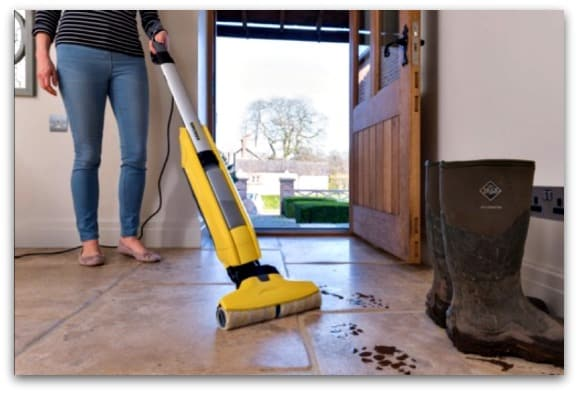 Getting cleaner floors with the Kärcher FC5 Hard Floor Cleaner