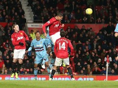 Jones & Smalling impress Ferguson