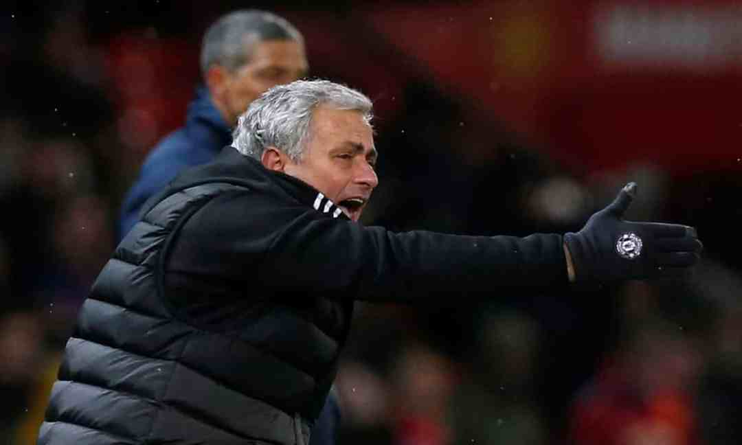Jose Mourinho exhorting Manchester United in their FA Cup quarterfinal v Brighton