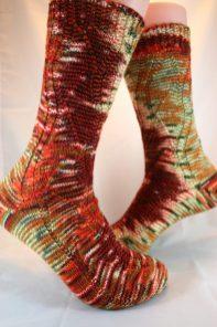 Strickabenteuer.de Gundel Weihnachten gestrickte Socken handgestrickt mit handgefärbter Wolle Tausendschön