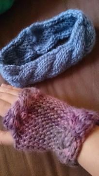 Handstulpen und ein anderes schönes Zopf-Stirnband