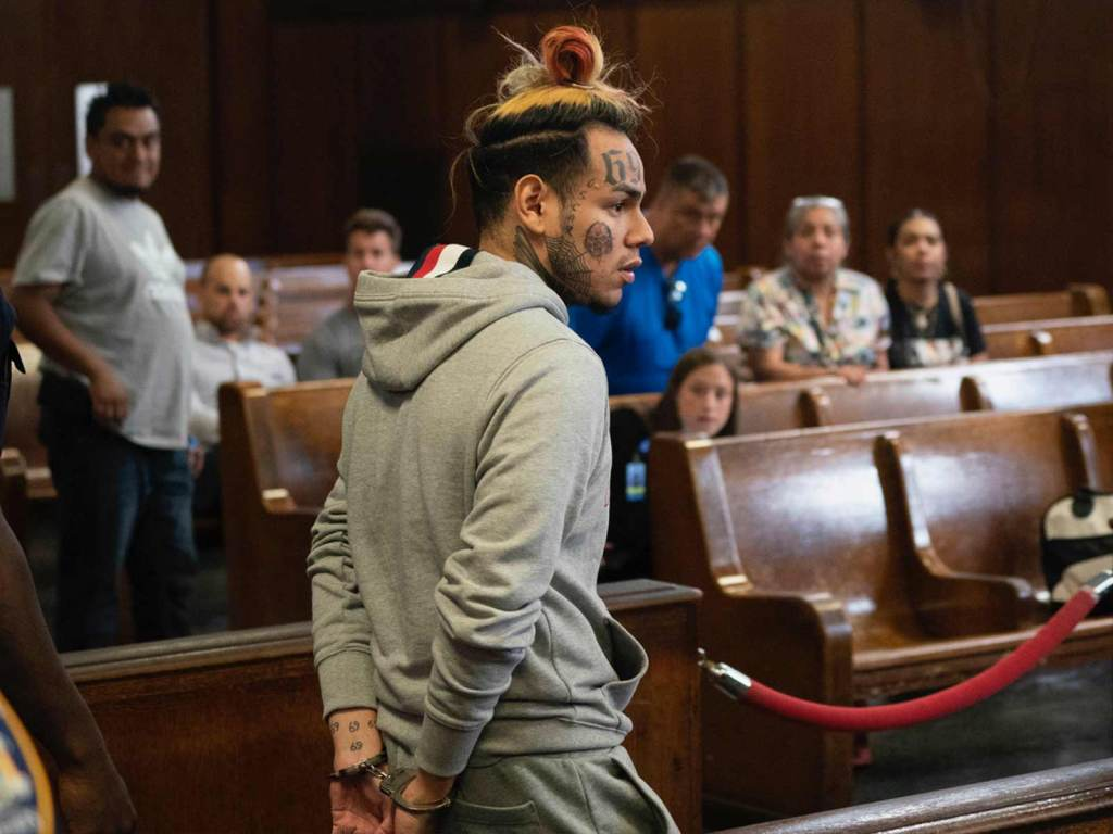 6ix9ine Arrested on Racketeering Charges In NYC