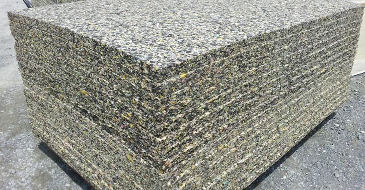 格闘技マットの床材で利用されるチップウレタン