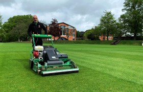 Dennis PRO 34R – the ultimate rotary mower