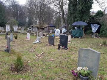 Leda's grave 3