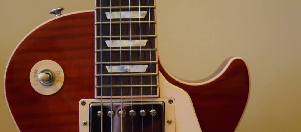 What Are the Best Guitar Strings for Les Pauls?
