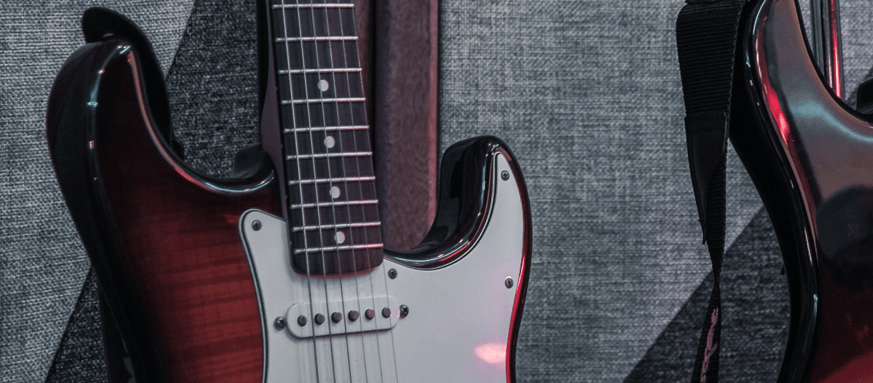 Why Old Guitar Strings Go Dead