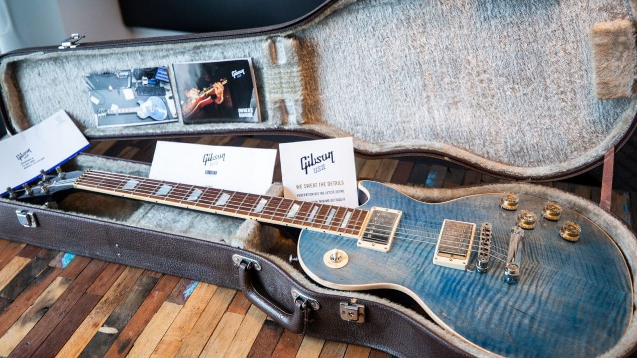 Gibson Guitar Case and Accessories