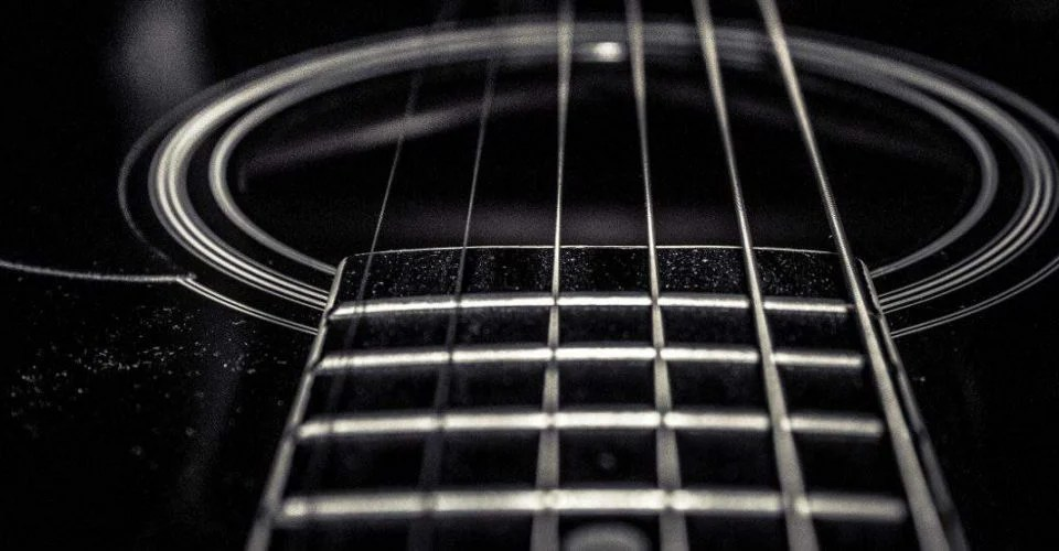Top Ten Guitar String Myths, Debunked