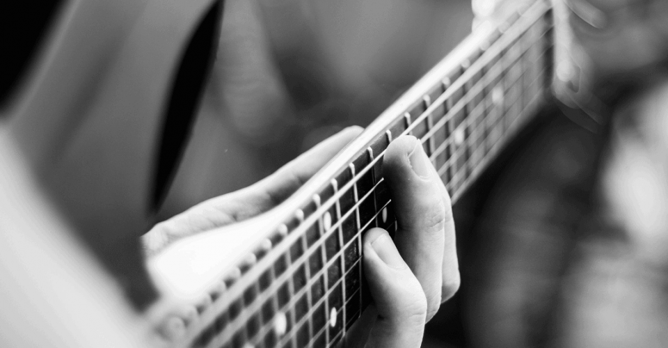 Why Do Guitar Strings Lose Intonation as They Age?