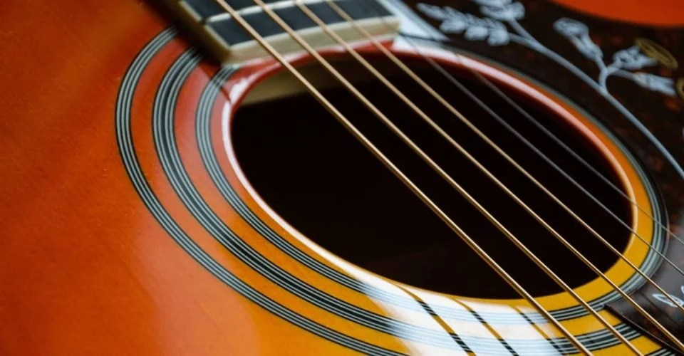 What Are The Best Acoustic Guitar Strings For You?