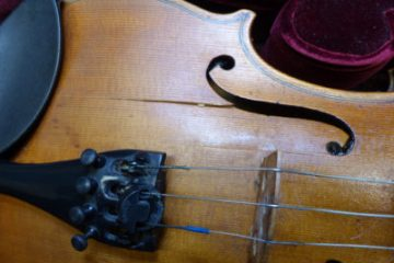 Cracked violin