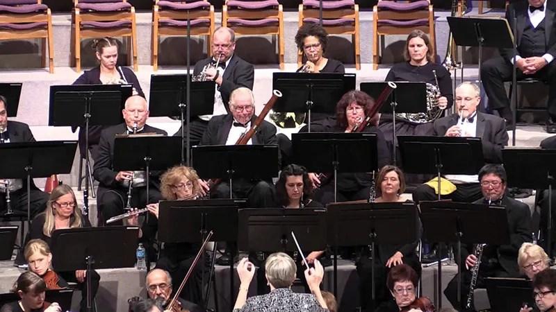 Pasadena Community Orchestra led by Bethany Pflueger