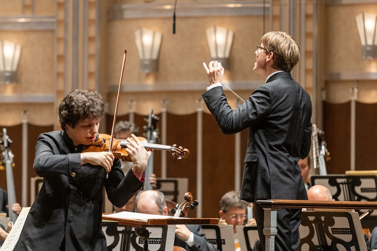 violinist Augustin Hadelich with the Cleveland Orchestra