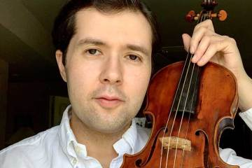 violinist Nathaniel Robinson