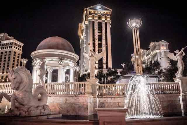 Hotel Caesars Palace de nuit