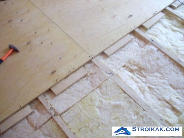 Как стелить фанеру на деревянный пол чем заделать швы