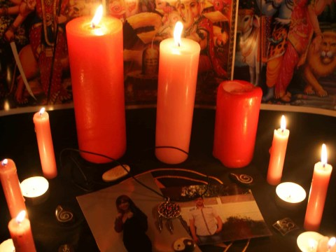 Effective love spells using a photo to bring back a lost lover