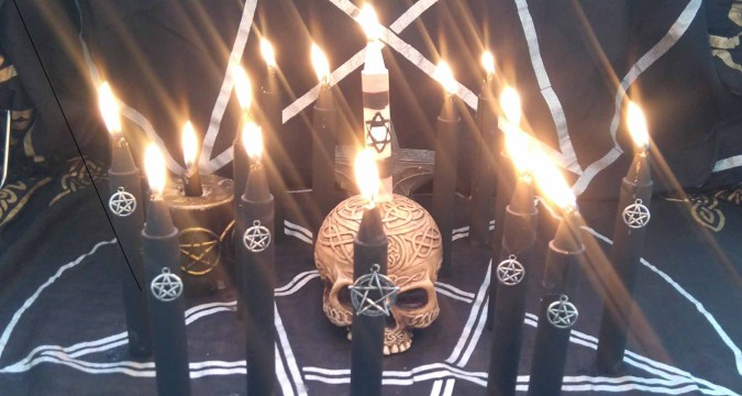 Witchcraft spells to make someone love you