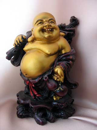belly-statue
