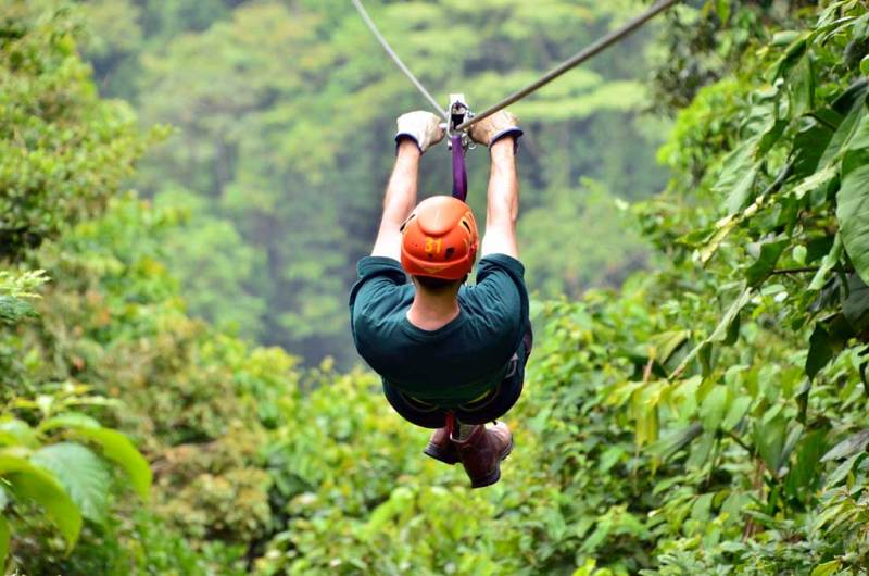 Ziplining travel in Costa Rica