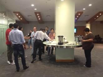 (12-11) Coffee Break para os alunos.