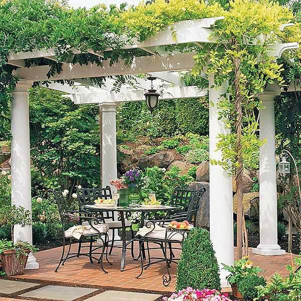 This is also a pergola, but the look and design is completely different, although the principle of construction is the same