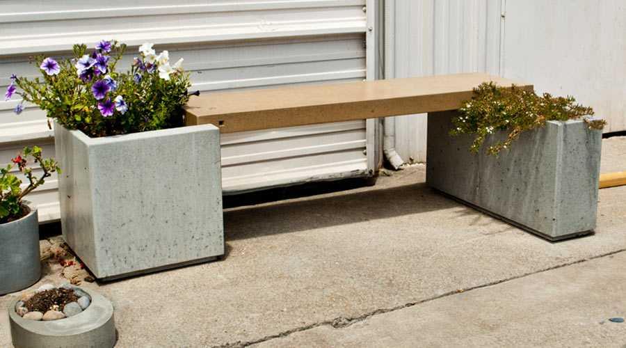 skamejka-9-2 Варианты столов и скамеек для дачи. Скамейка из бетонных плит и досок со спинкой. Скамейка для дачи: инструкция для изготовления