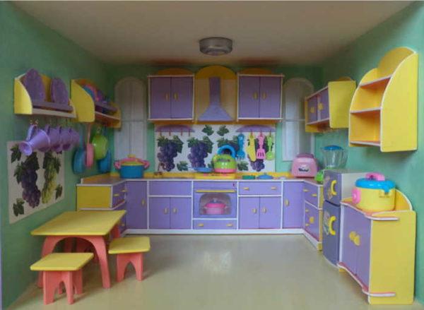 Мебель для кухни в кукольном домике
