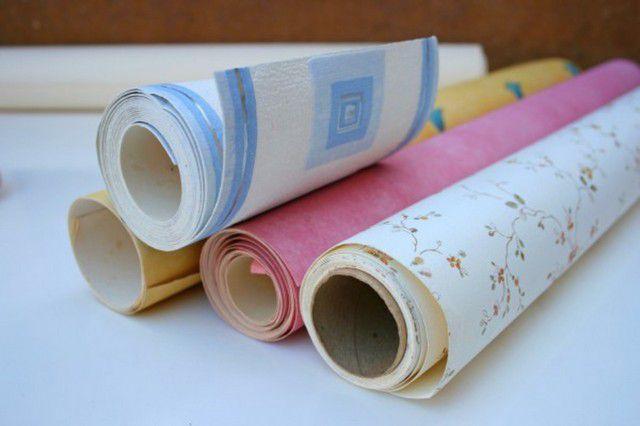 Papier wallpapers zijn geleidelijk druk met nieuwe moderne typen.