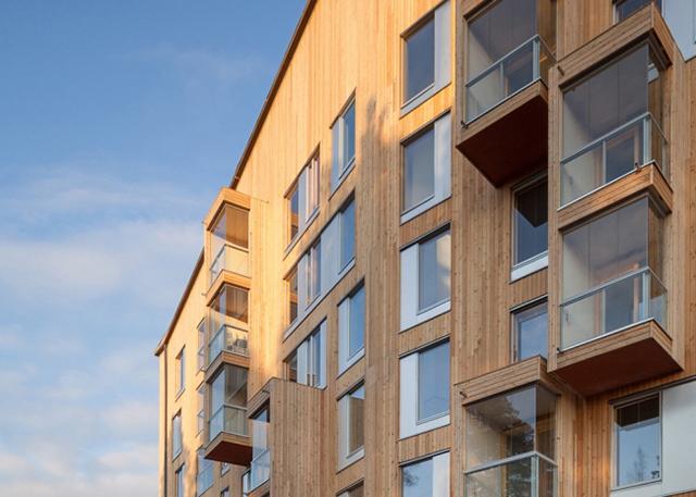 Multi-Edificio de madera en Finlandia