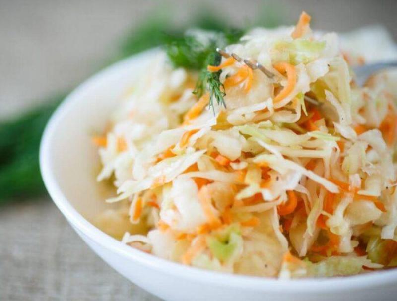 Сколько калорий в квашеной капусте с морковью