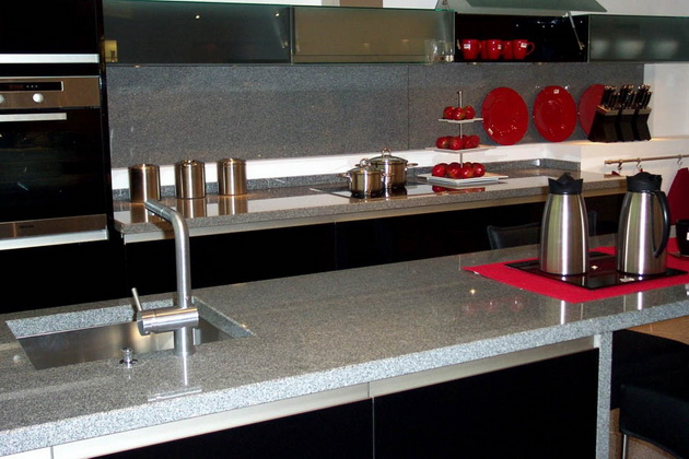 Küchenarbeitsplatte Naturstein Küche grau weiß