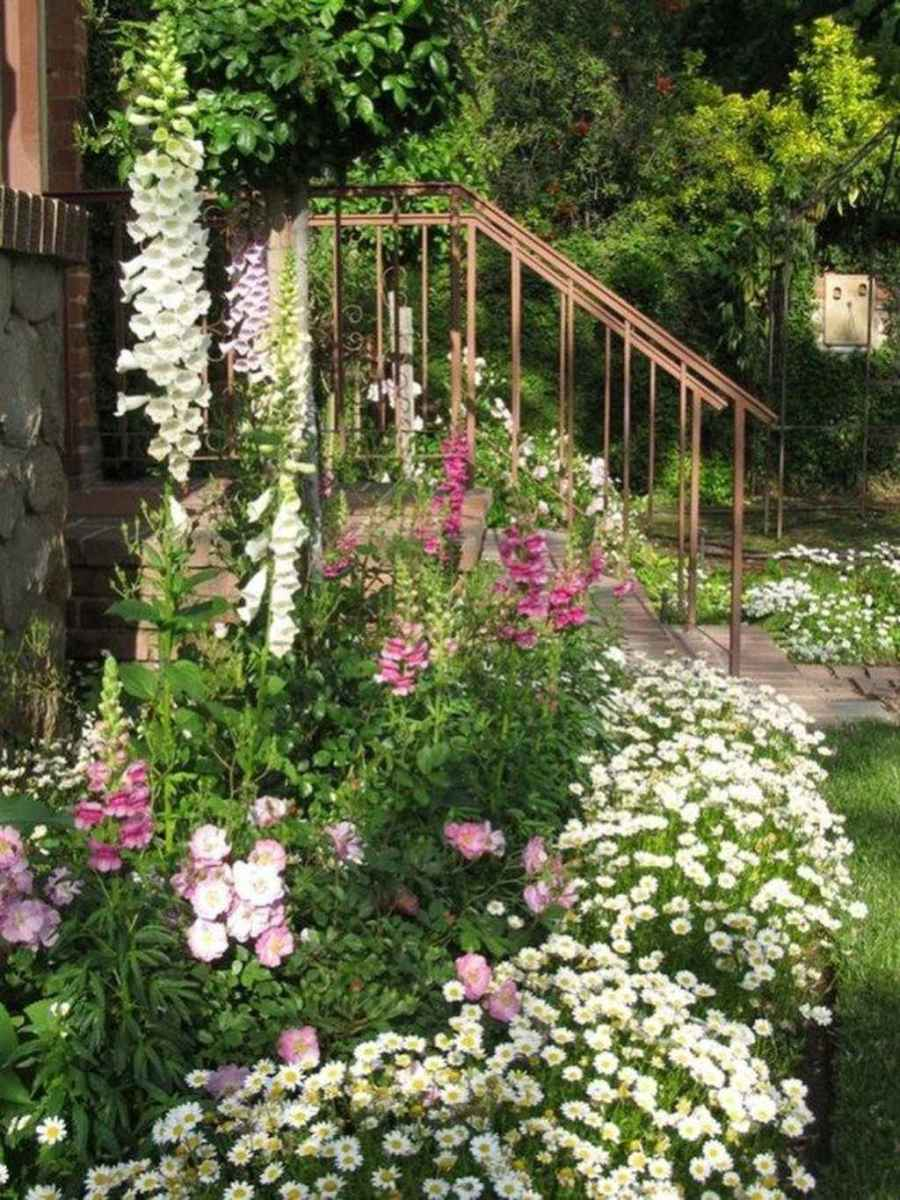 21 beautiful front yard cottage garden inspiration ideas