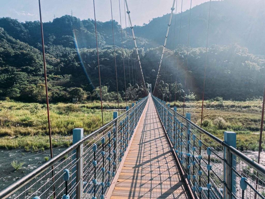白毛山-白鹿吊橋