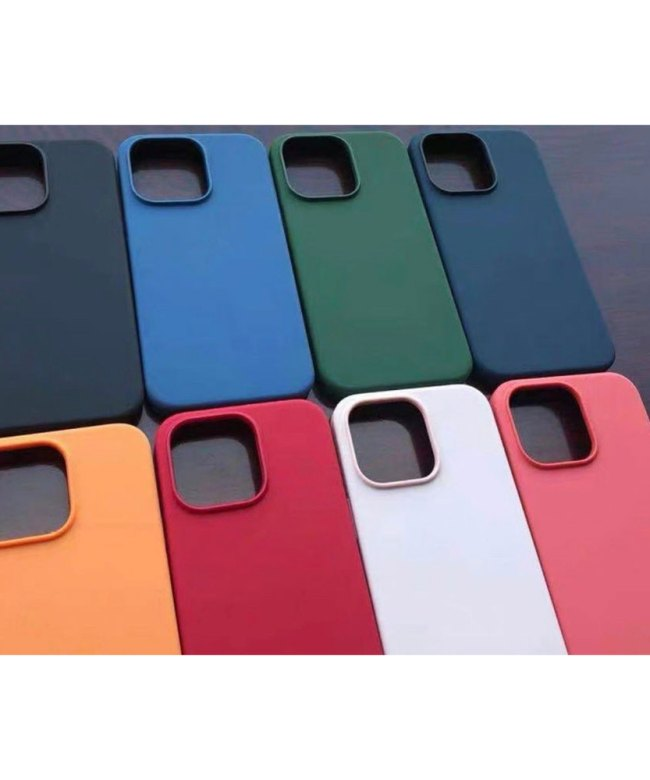 STS-Silicon-Protection-Case-for-iPhone-13-(6.1-inch)----Product-Pic-1