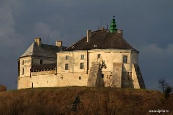 olesky-castle-lviv-oblast-ukraine-11
