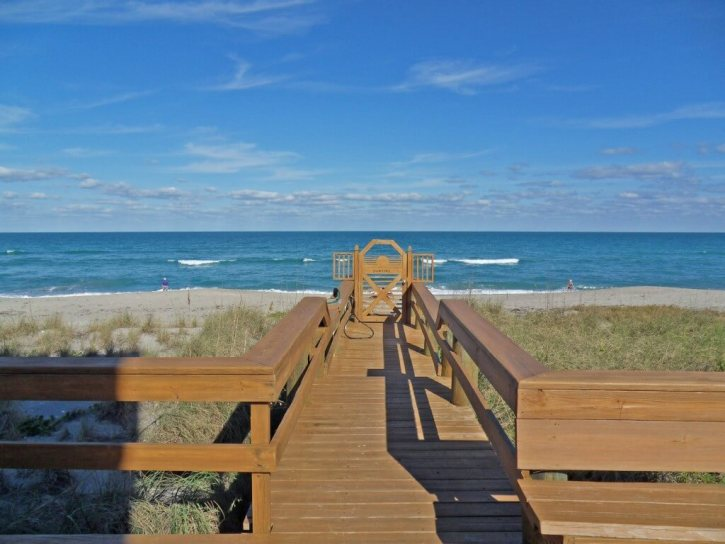 Ocean Access from the Suntide Condo on Hutchinson Island