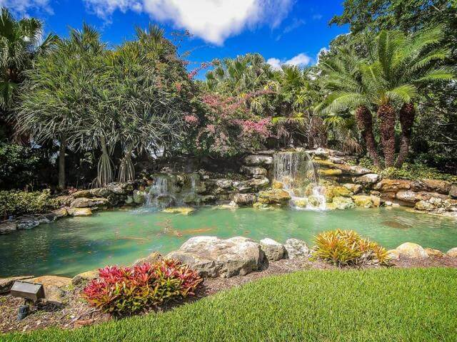 Carriage Hills condos in Palm Cove