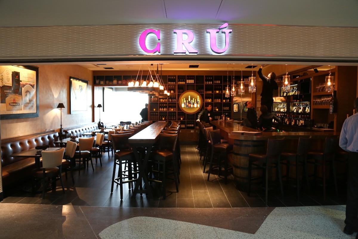 Travel Tidbits Cr A Wine Bar At Denver Airport Stuck