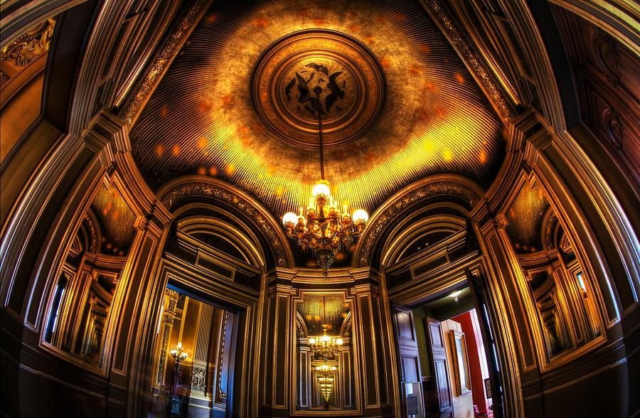 trey-ratcliff-paris-opera-outside-room